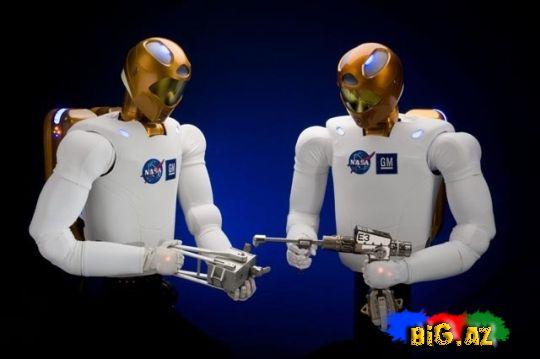 İlk dəfə kosmosa insanabənzər robot göndərildi (Video)
