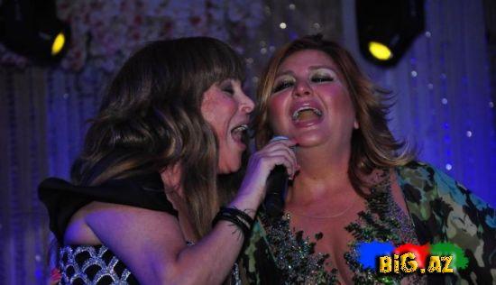 Sibel Can Aygünü səhnəyə niyə çağırdı? (Fotolar)