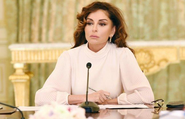 Birinci vitse-prezident Mehriban Əliyevaya yeni köməkçi təyin edildi