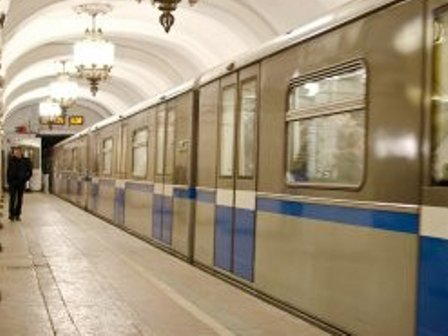 SON DƏQİQƏ! Metropolitenində qatar divara çırpıldı