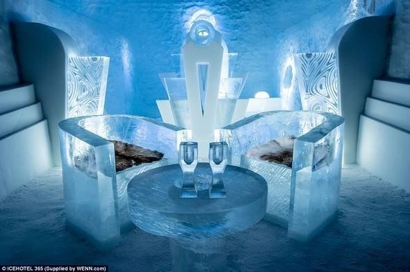 Buzdan olan otel - FOTOLAR