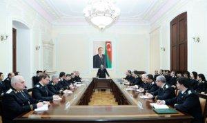 Zakir Qaralov ictimai rezonans doğuran cinayətlər haqqında danışdı