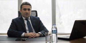 Azərbaycanda bu bankın sədr müavini 100 milyonu götürüb ölkədən qaçdı - FOTO