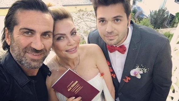 Eyni gündə həm nişanlandı, həm də ərə getdi - FOTO