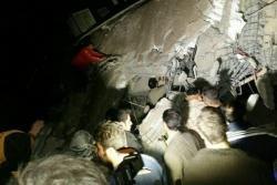 İranda zəlzələ nəticəsində ölənlərin sayı 372-yə çatıb, 6000 yaralı var - YENİLƏNİB - FOTO