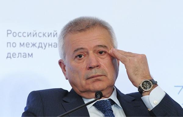 Azərbaycanlı milyarder şirkətini oğluna verməkdən imtina etdi - FOTO