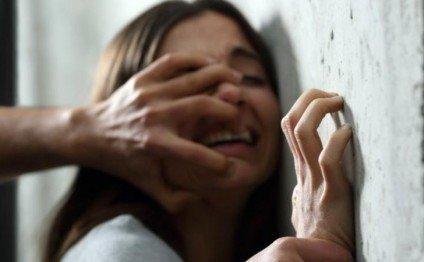 Dayı 24 yaşlı bacısı qızını zorladı - Xəbərim olmadan cinsi əlaqədə olub