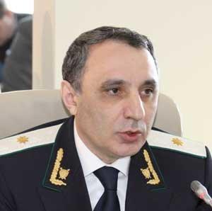 """Prokurorun müavini: """"Ölkədə rüşvət vermə cinayətləri rüşvət alma cinayətlərindən çoxdur"""""""