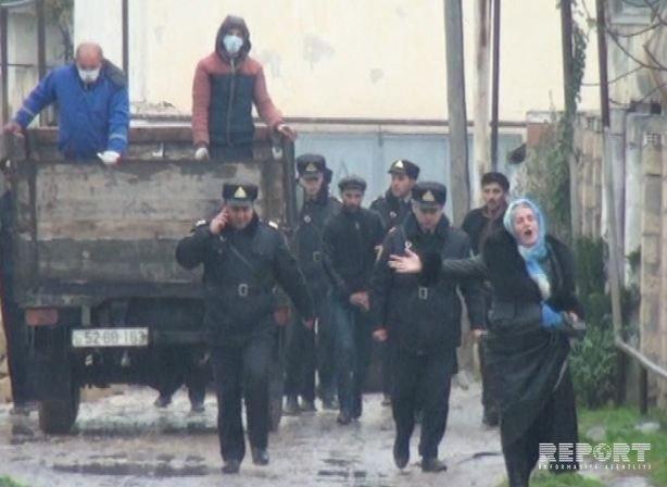 Salyanda 3 il əvvəl öldürülən qadın və 4 qızının meyiti basdırıldığı yerdən çıxarılıb