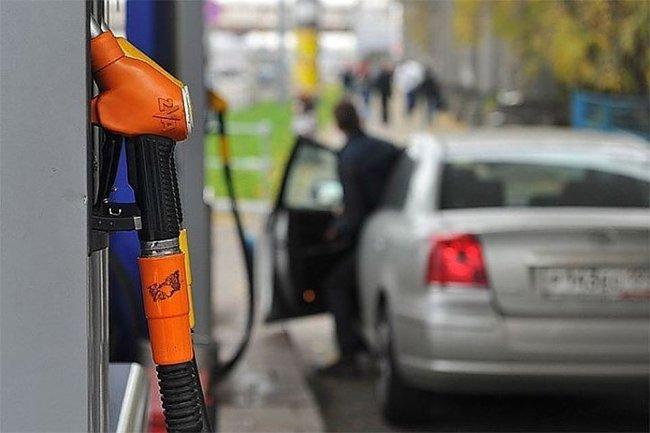Azərbaycanda benzinin qiyməti ucuzlaşacaq?