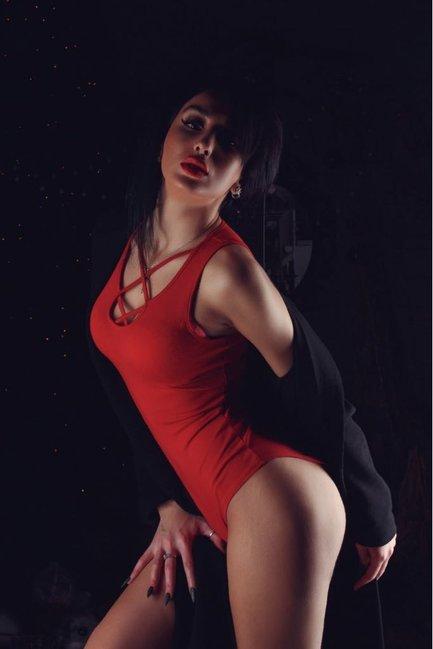 Məşhur model Elviradan nəfəs kəsən FOTOSESSİYA