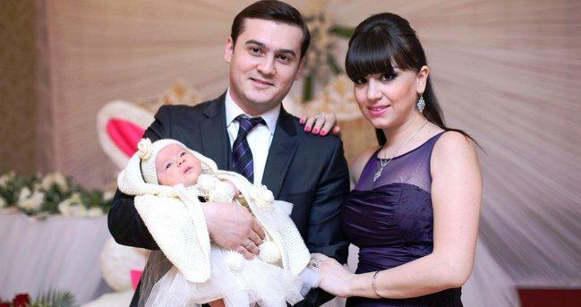 Yenicə ata olan Emil Bədəlov xanımı və körpəsi ilə - YENİ FOTO