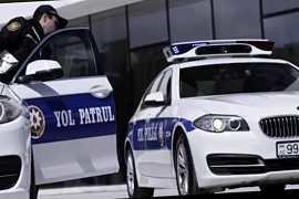 DYP ilə xanım sürücü arasında qalmaqal: Mənim meyitimi götürərsiniz – VİDEO