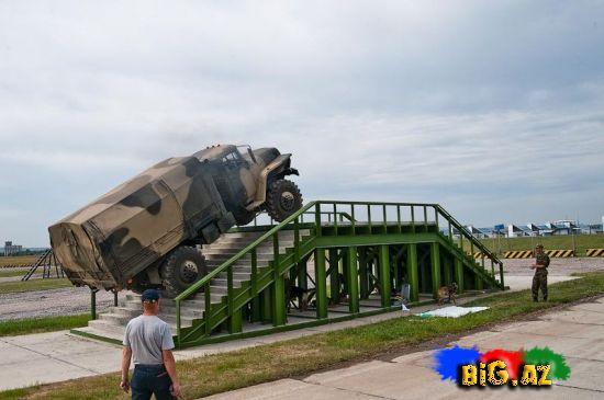 Jukovskidə tank şounun məşqləri