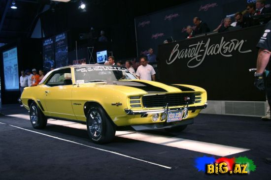 Barrett-Jackson Orange County avtoşou auksion
