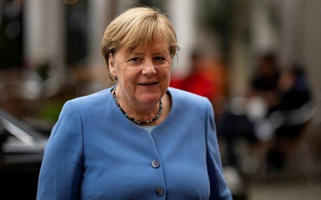 """Merkel: """"Türkiyə NATO-nun üzvü olaraq bizim üçün vacib tərəfdaşdır"""""""