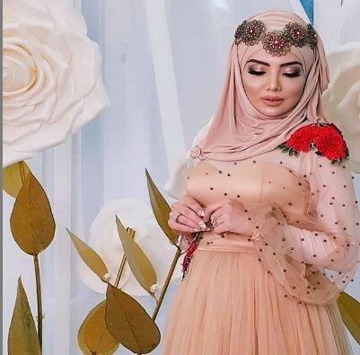 Azərbaycanlı müğənninin hamilə xanımı - FOTOLAR