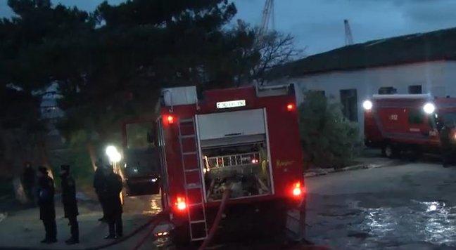 Bakıda faciəvi yanğında 25 nəfər diri-diri yandı - Hadisə yerindən FOTOLAR